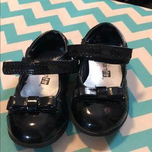 Black toddler dress shoes